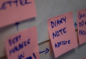 Sticky note saying: Diary note advisor